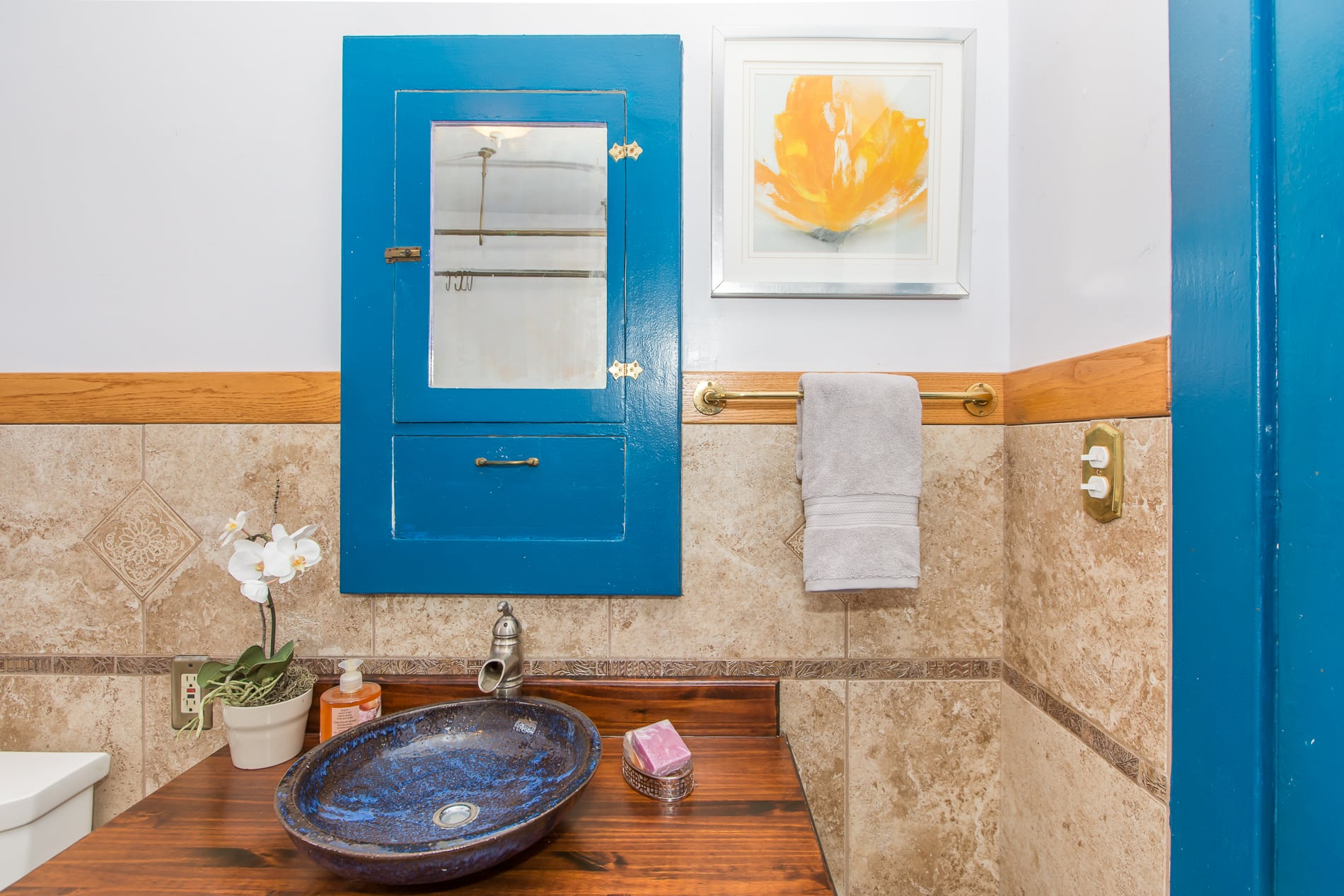 4229 Suter St-bathroom5