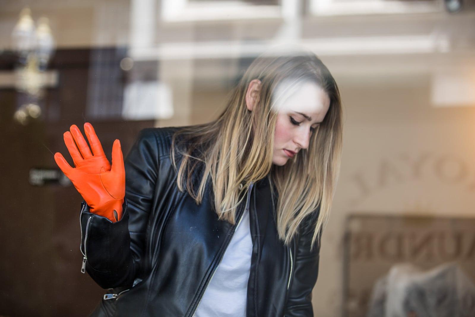 beau-gant-classic-gloves-silk-lining-bright-orange-fashion3