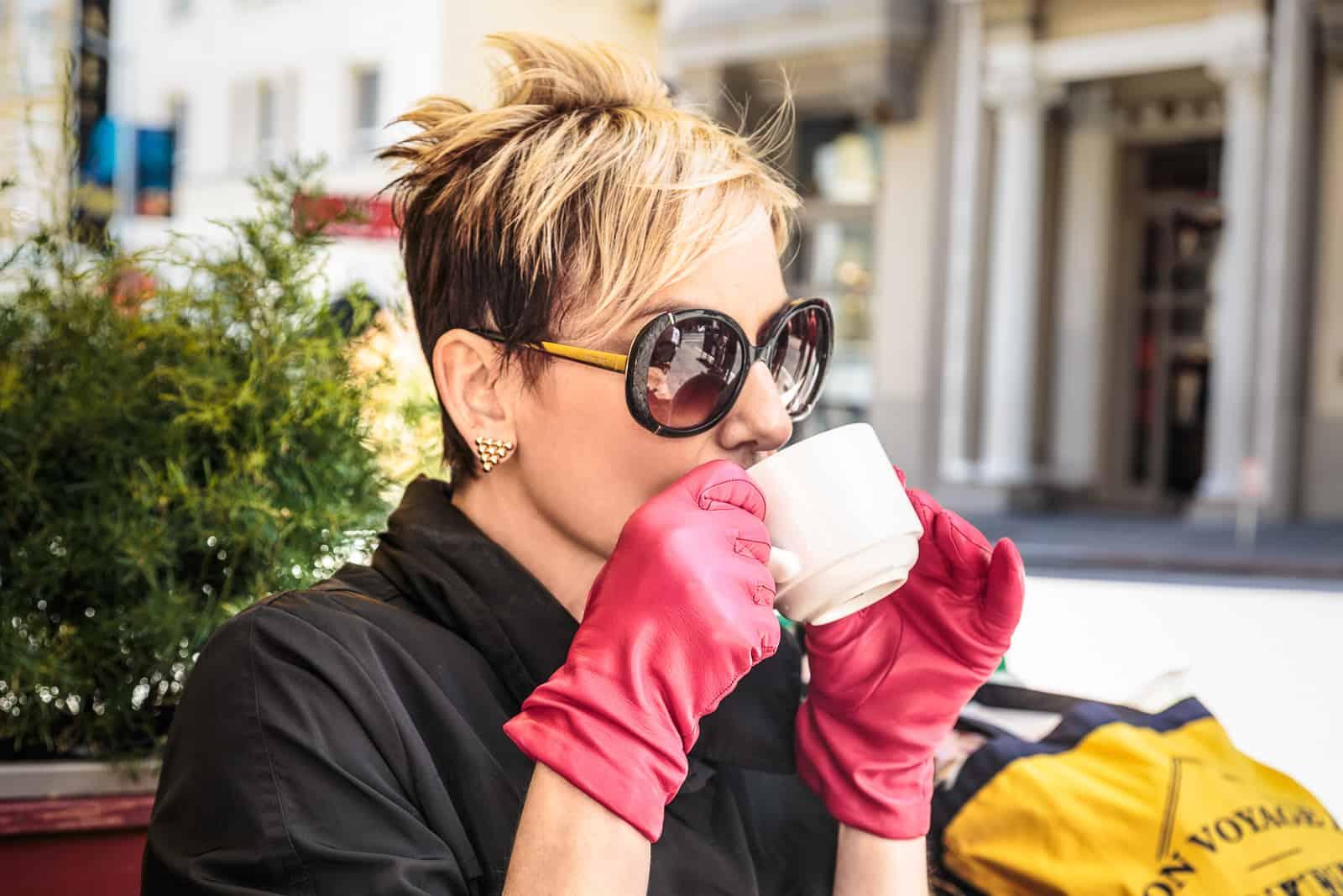 beau-gant-classic-gloves-silk-lining-fuschia-fashion