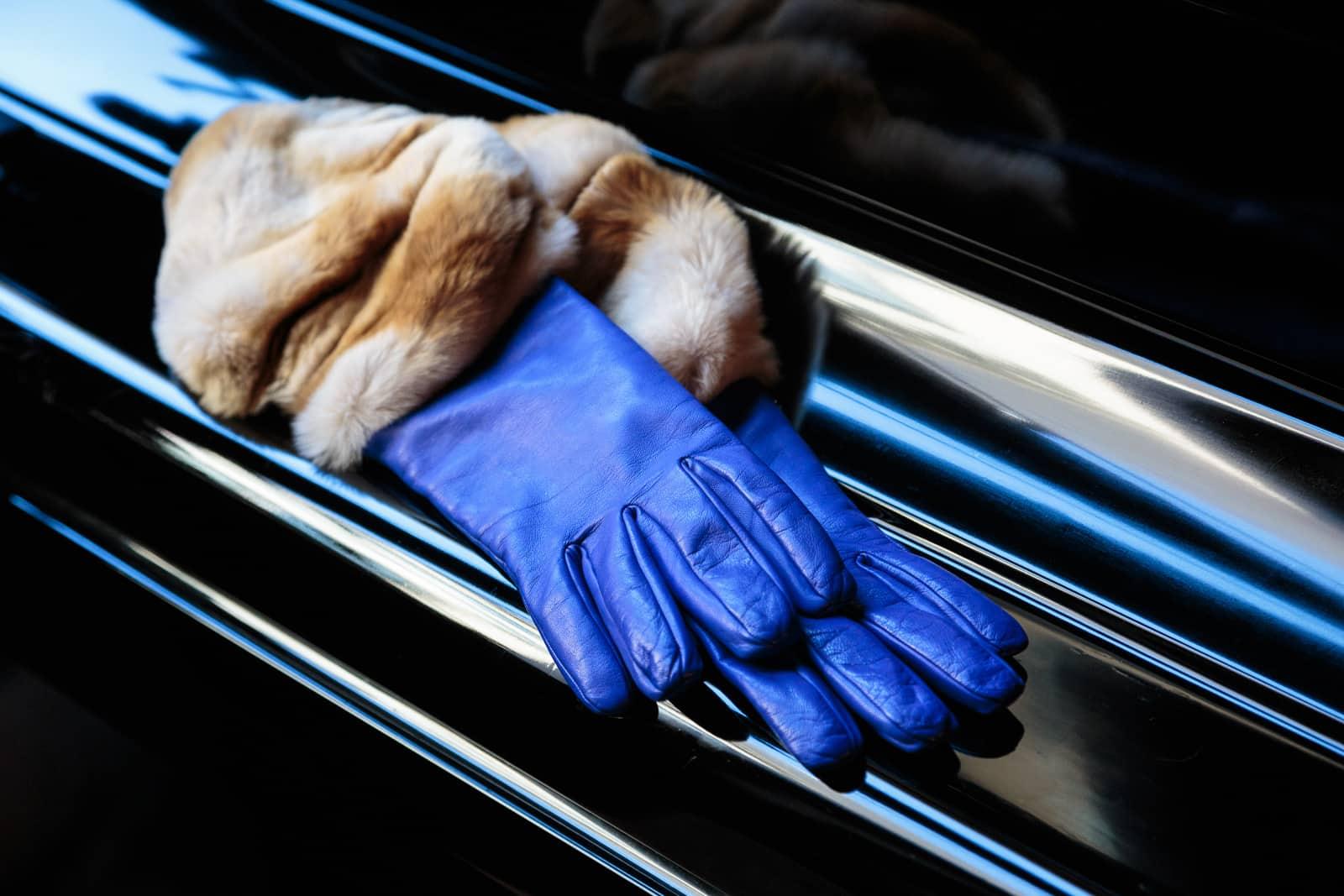 beau-gant-gloves-fur-cuff-brown-white-fashion2