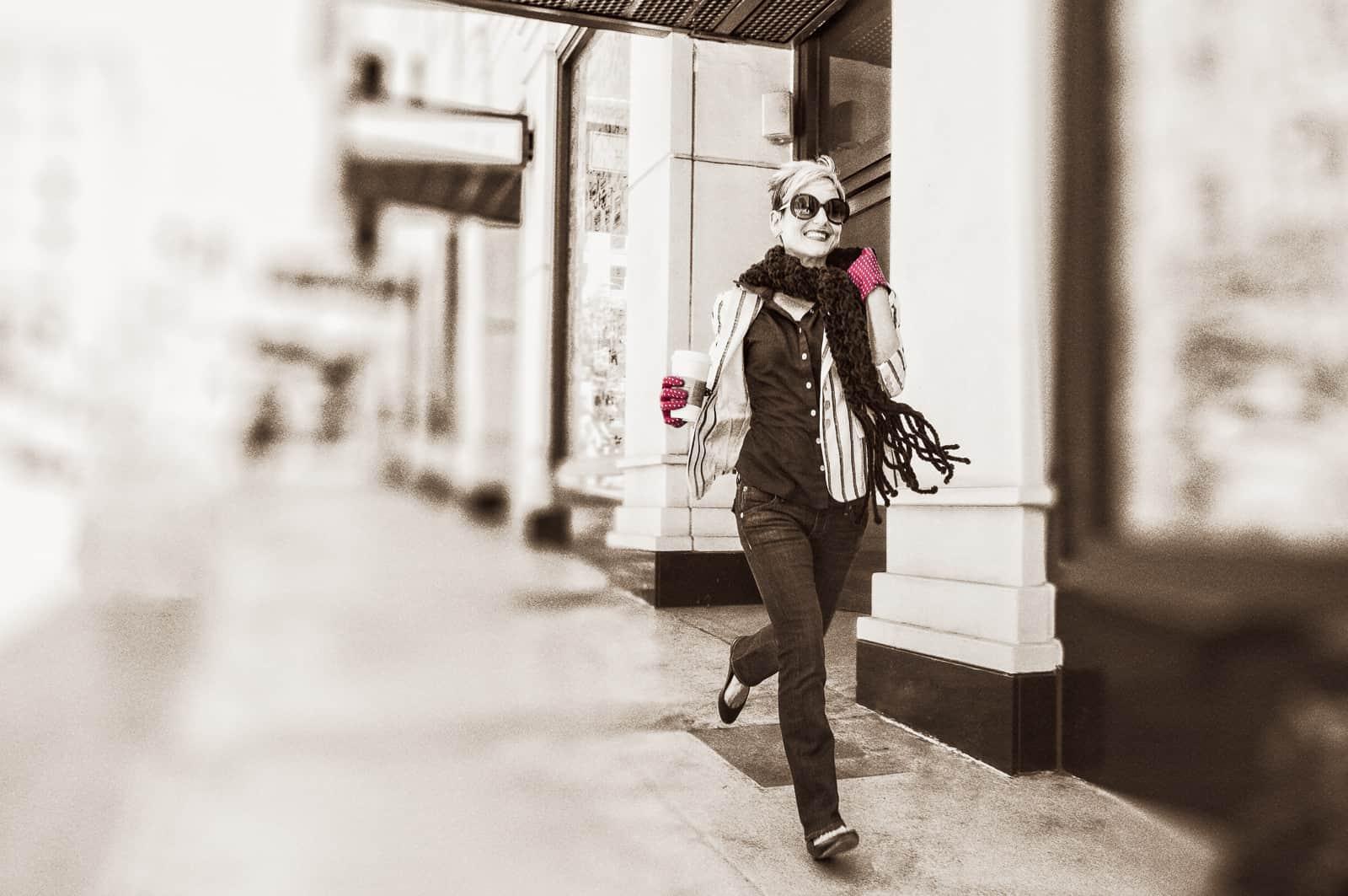 beau-gant-gloves-polka-dot-gloves-red-white-fashion